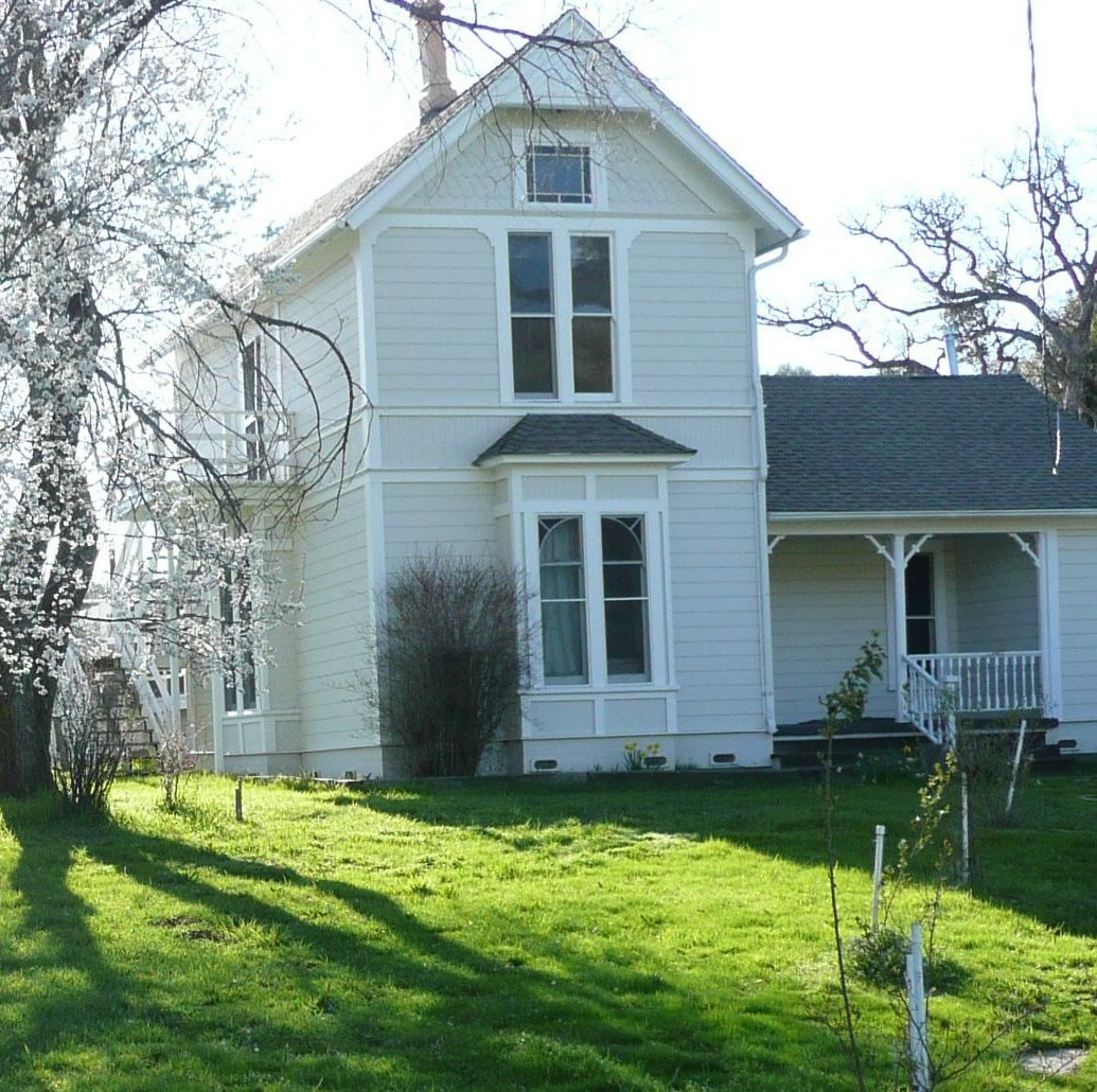 Mariposa Farm House